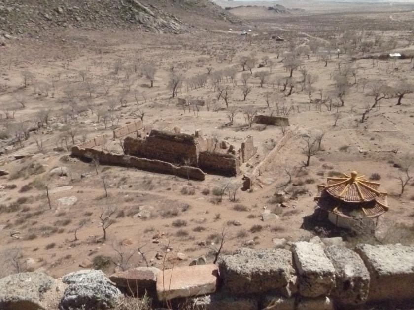 Mongolia_DrômeCaillouteuse-désert&ruines2