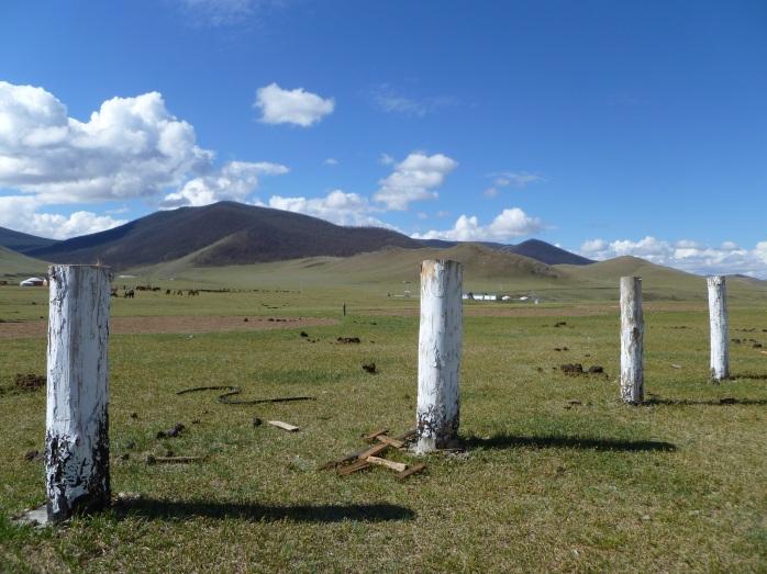 Mongolia_Orkhon-poteaux