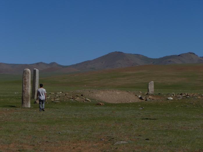 Mongolia_VersTsetserleg-pierresàcerfs5